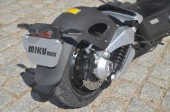 Miku Max electric scooter