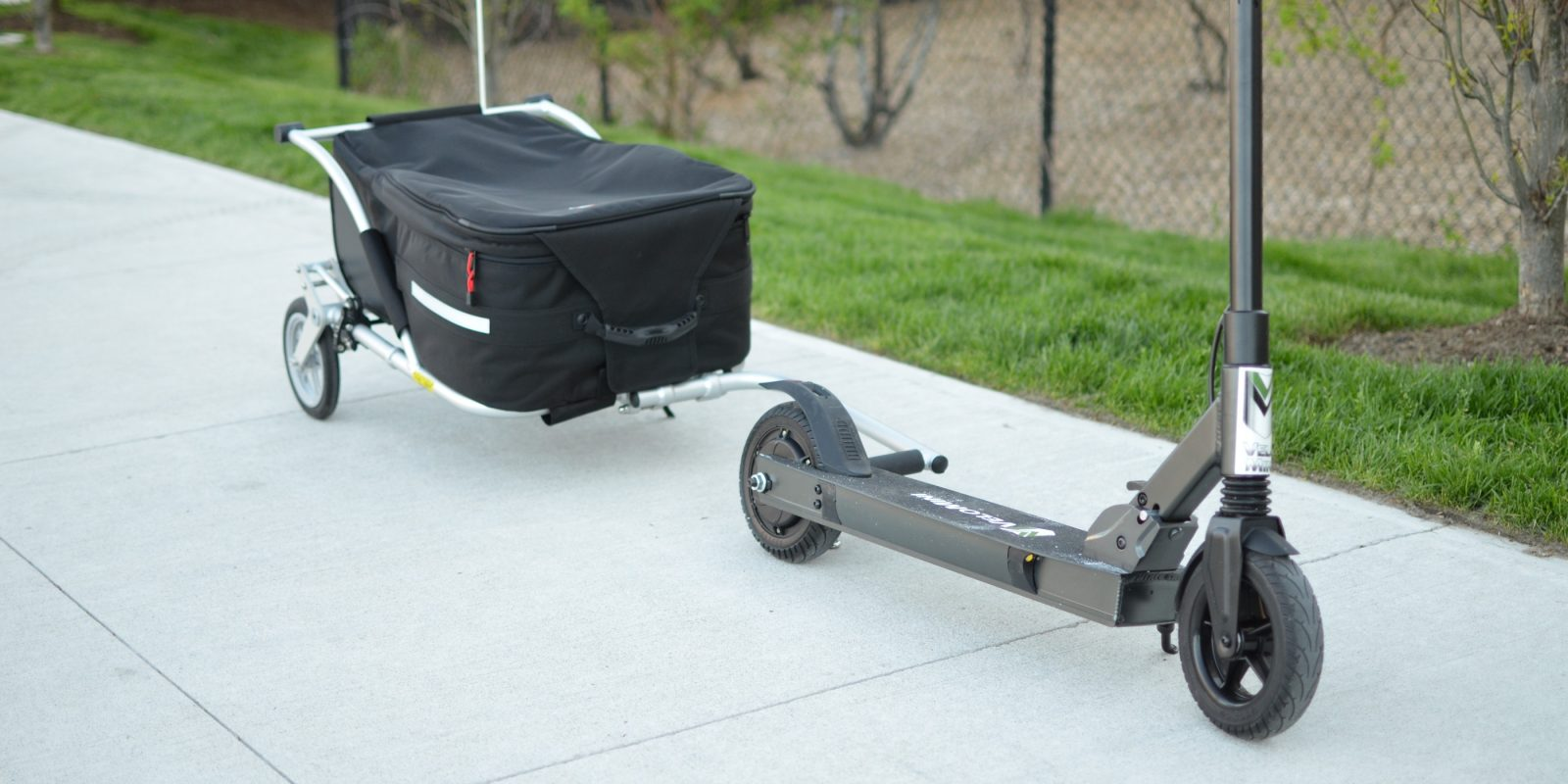 just when i thought i had seen all there was to see in the electric scooter industry the velomini scoot and t1 trailer popped up on my radar  [ 1600 x 800 Pixel ]