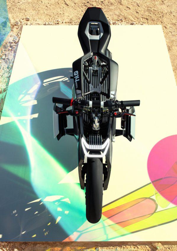 P90354722_highRes_bmw-motorrad-vision-
