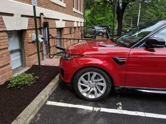 Range Rover Sport PHEV side
