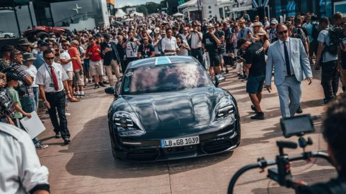 low_taycan_goodwood_motor_circuit_festival_of_speed_2019_porsche_ag (3)