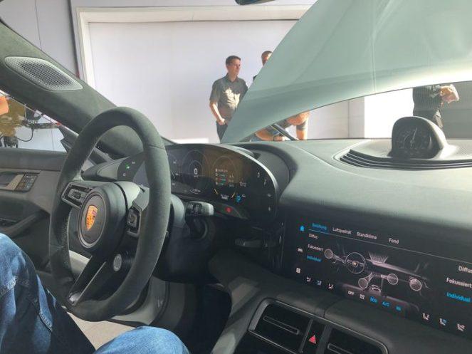 Porsche taycan interior 2