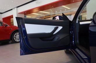 Tesla Model 3 update interior features 4