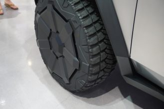 Tesla Cybertruck electrek wheels 3