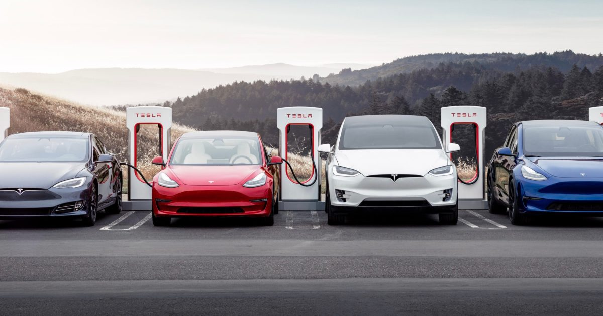 Tesla is in talks to open its Supercharger network to other automakers in Germany - Electrek