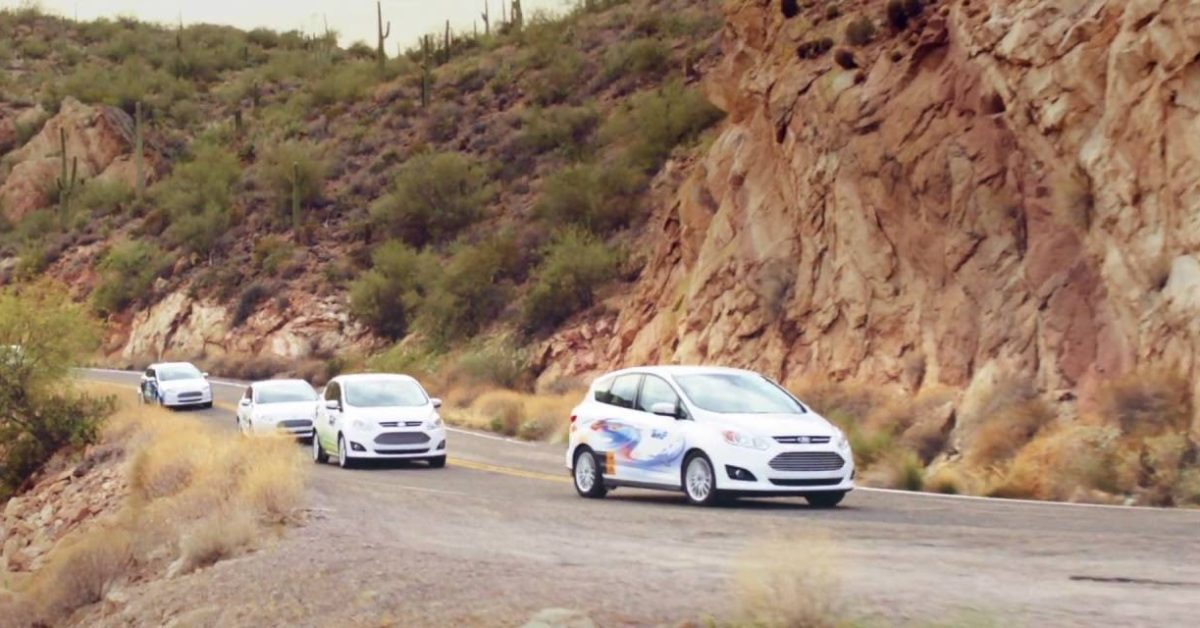 Arizona utility offers customers $1,000 rebate to switch to electric cars thumbnail