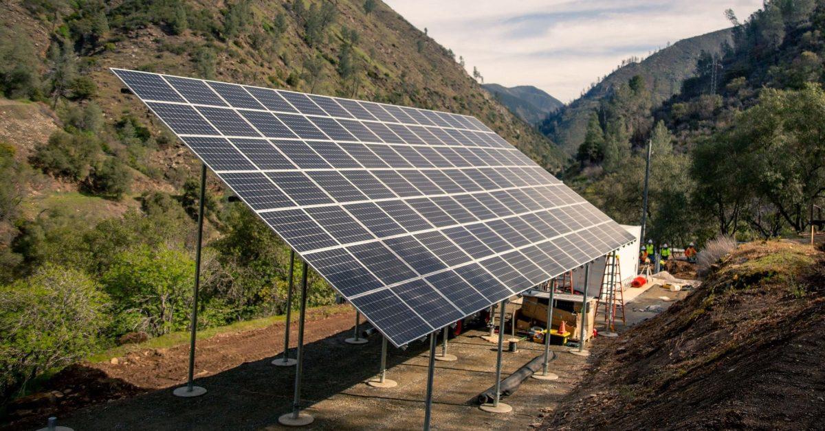 California's PG&E launches community microgrid program - Electrek