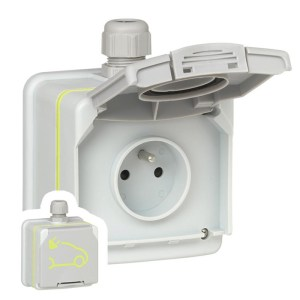 Green'up Access 16A reinforced wall outlet - Legrand