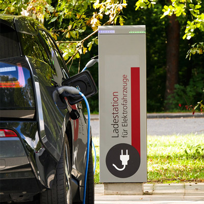 station de charge publique pour voiture electrique - Electric vehicles today