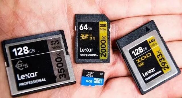 Memory Cards of digital camera