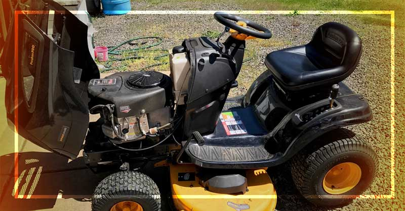 how to change oil in riding lawn mower