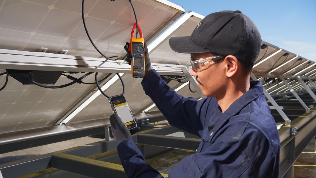 Fluke 393 Solar Testing