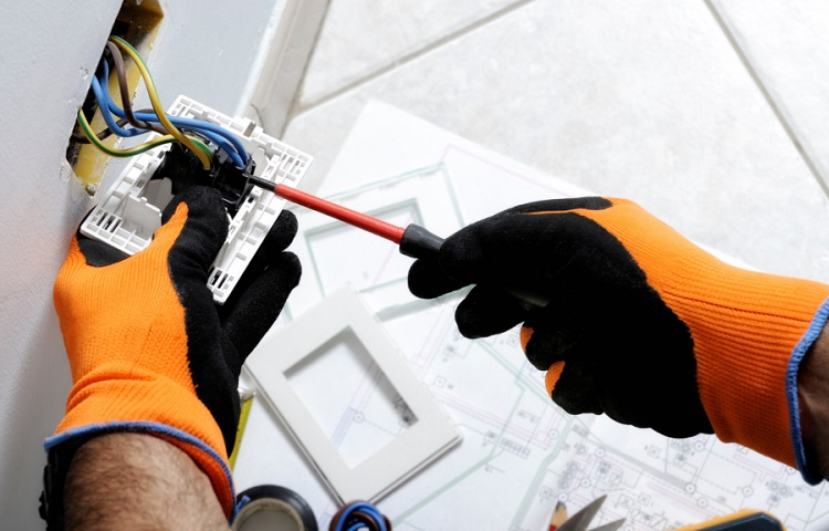 gloves for electrician