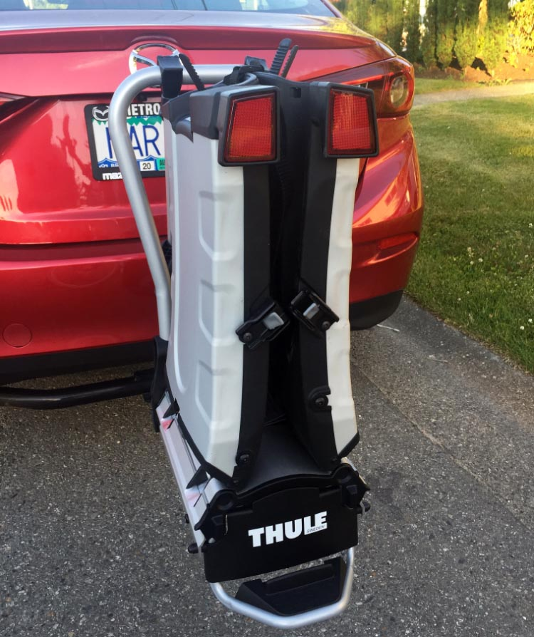 The Thule 9032 Easy Fold Bike Rack has nice big reflectors on the back, which I have not seen on other bike racks. Thule 9032 Easy Fold Bike Rack Review
