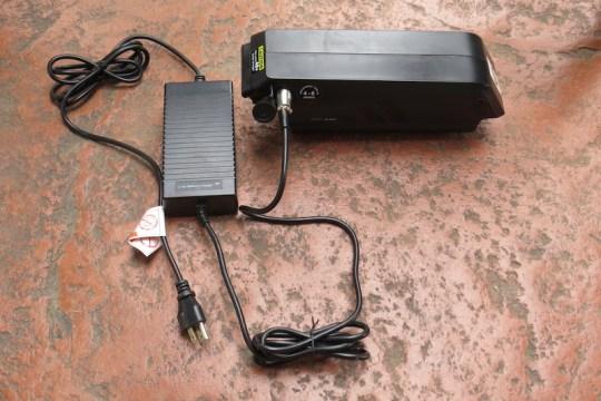 izip-peak-battery-charger