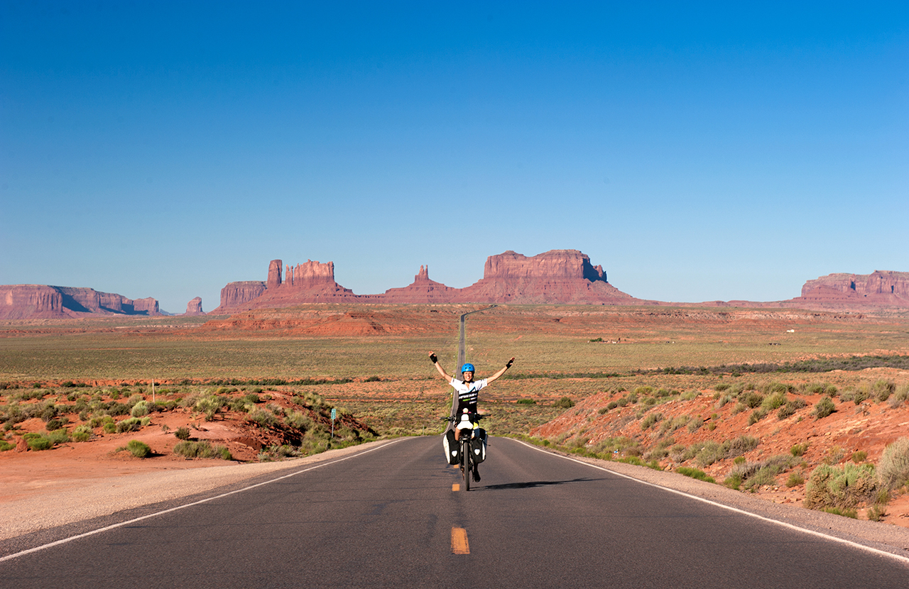 pedelec-adventures.com_Sand-to-Snow_2016-06-04_065121_MonumentValley-CompWash_MBurger_DSC_7426a_web