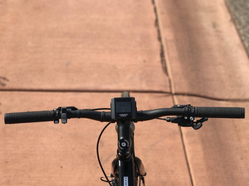 raleigh-misceo-ie-sport-electric-bike-handlebar