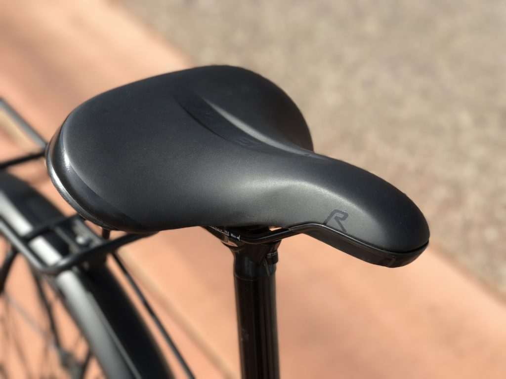 raleigh-misceo-ie-sport-electric-bike-seat
