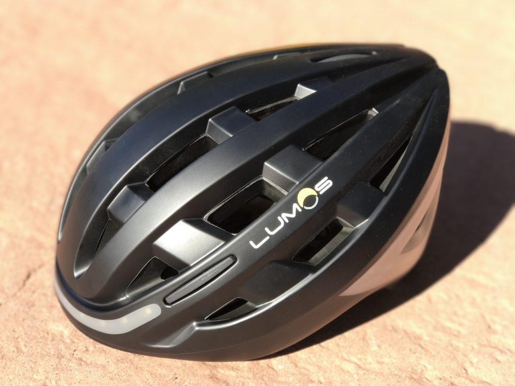 lumos-smart-helmet-angle