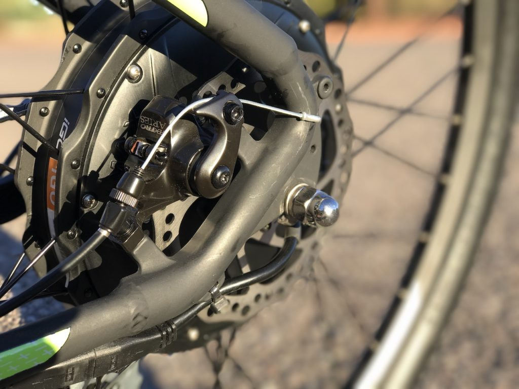 igo-m29r-electric-mountain-bike-rear-disc-brake