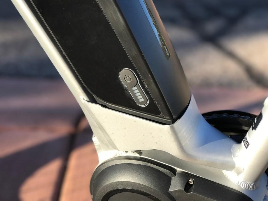 izip-e3-dash-electric-bike-battery-level