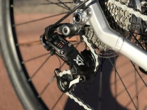 izip-e3-dash-electric-bike-derailleur