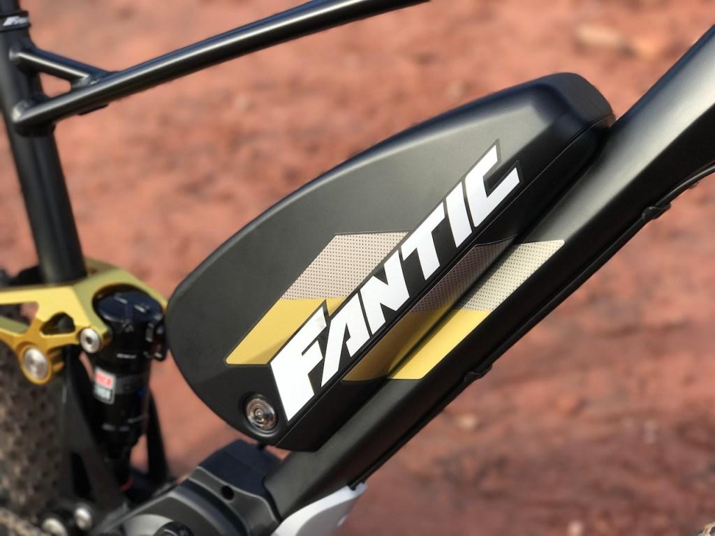 Fantic XF1 Casa electric mountain bike battery right