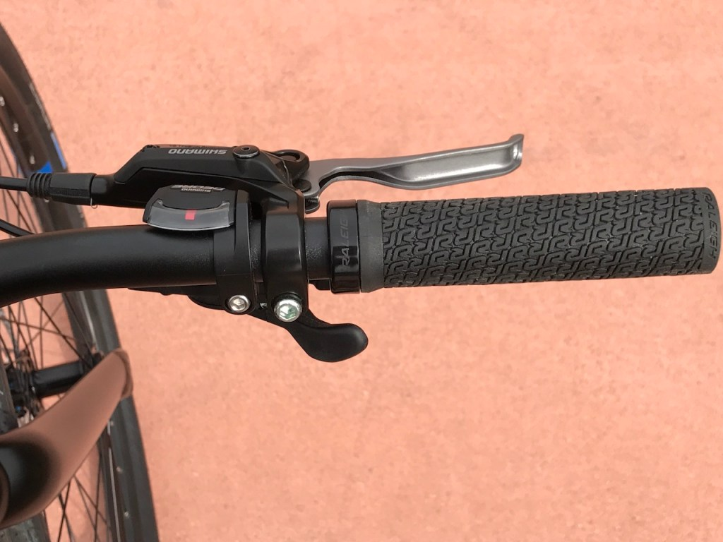Raleigh Redux iE electric bike shifter
