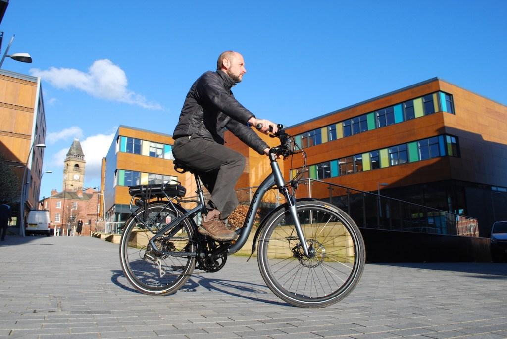 Wipser 705 electric bike riding 3