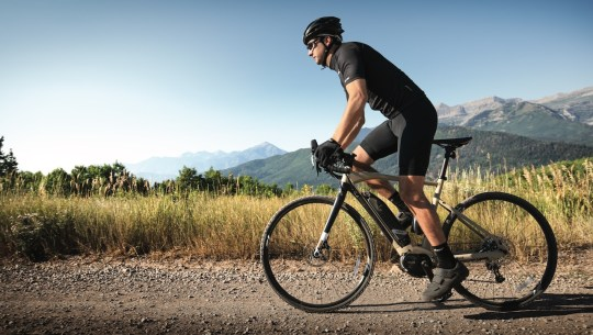 eBike News: Yamaha eGravel, New Schwinn, eGrocery Deliveries, High-Tech Greyp, World e-Bike Series,  & More! [VIDEOS]