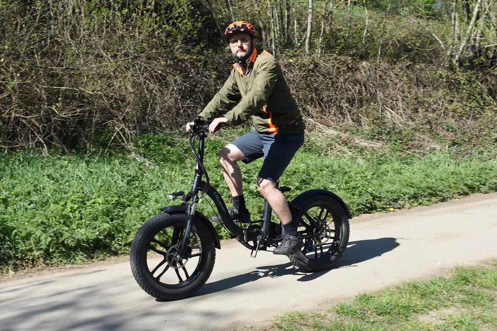E-Movement-Hunder-Pluse-Upright riding position