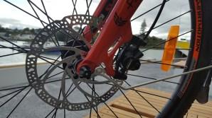 Rigid front forks, Tektro hydraulic brakes