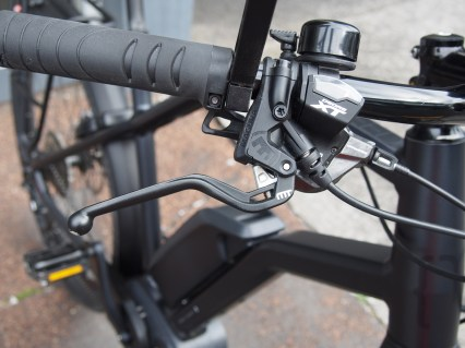 The Magura brakes are strong and well modulated