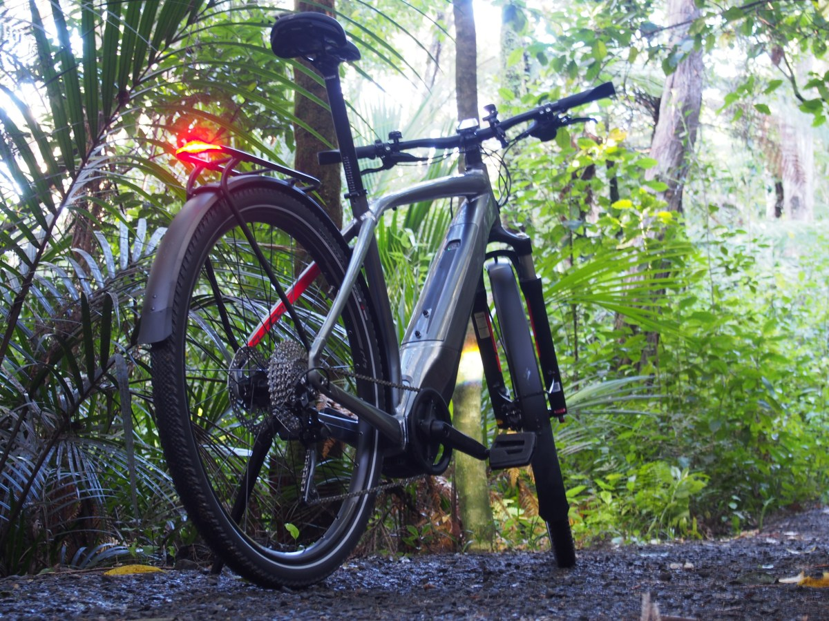 Specialized Turbo Vado 3 0 – The tech-savvy younger sister – NZ
