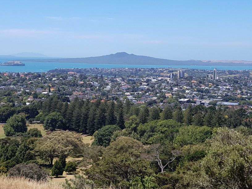Auckland Coast To Coast Walkway On Foot Nz Electric