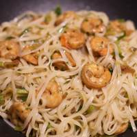 Noodles with lime & chili prawns