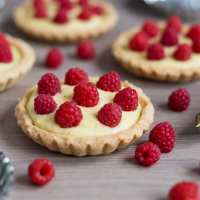 Raspberry custard tarts