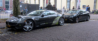 Fisker_Karma_and_Opel_Ampera_charging