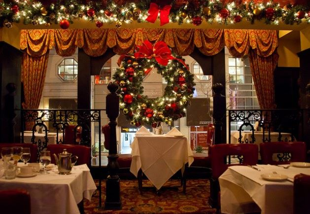 restaurant christmas dinner