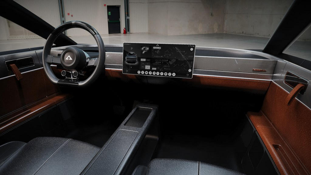 ACE COUPE INTERIOR
