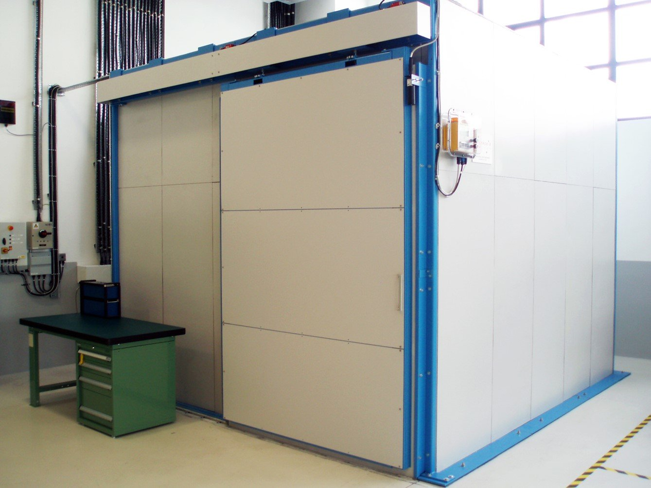 200kV Lead Panelled X-Ray Room