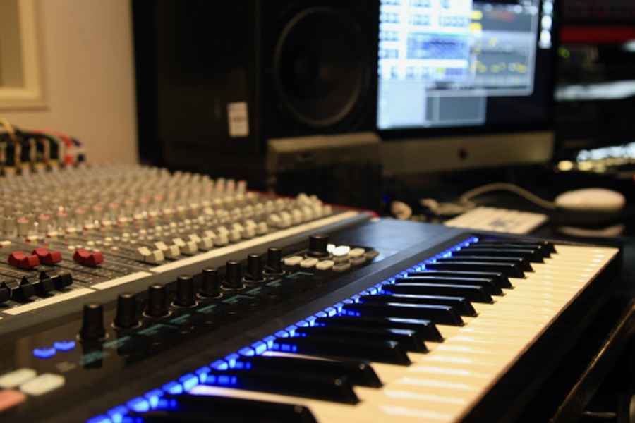 Point Blank Show You How To Set Up Your Home Studio (Video)