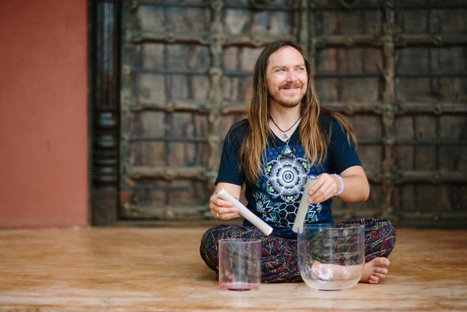 "Darren Austin Hall: ""My Sound Healing Journey Truly Began With My Love For Music Itself"""
