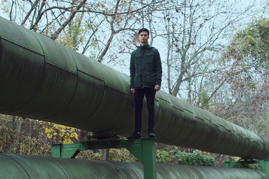 Barney Khan Premieres 'Kersal Massive' Video