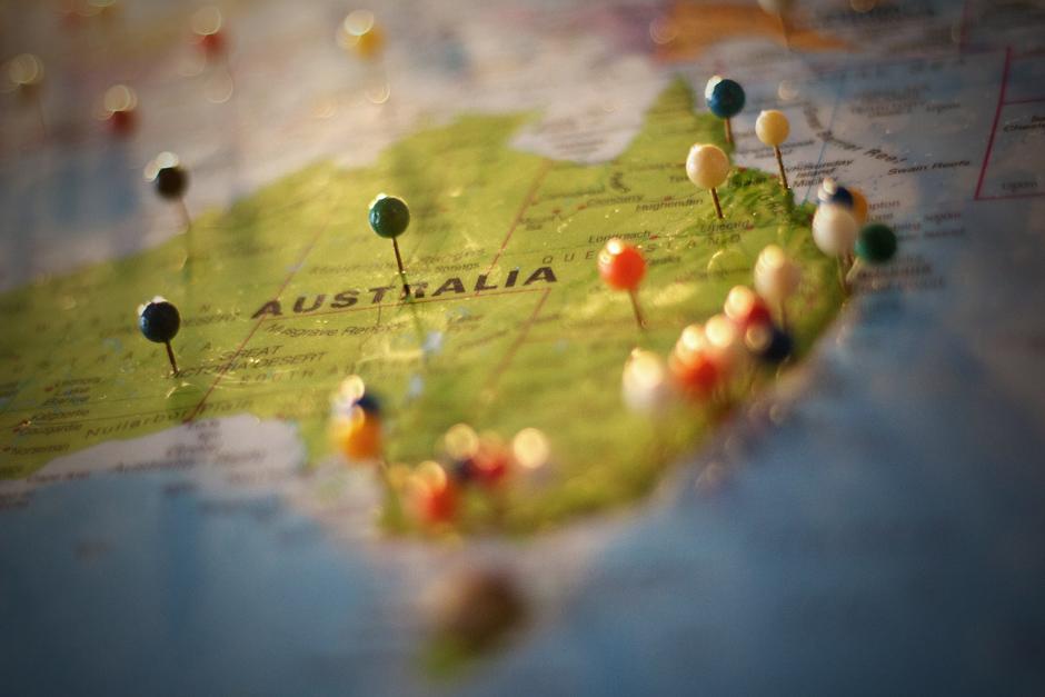 Los Angeles unites to help Australia