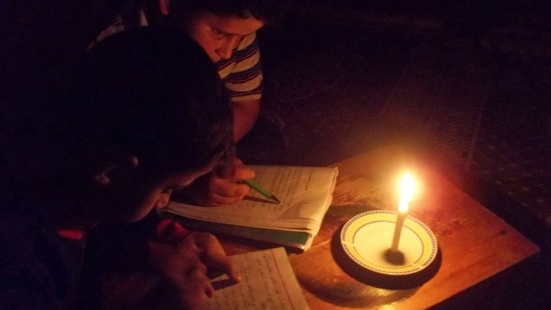 Power cuts force Gazas youth to study in dark  The