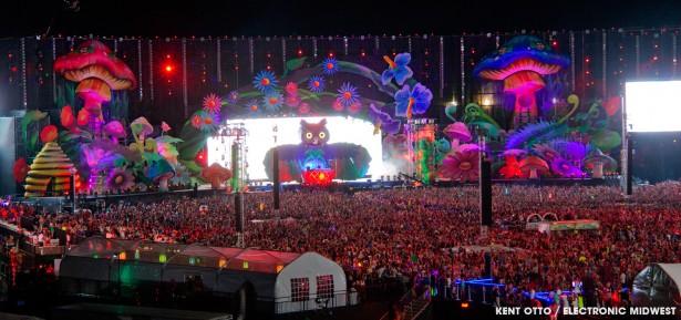 EDC Las Vegas main stage 2013