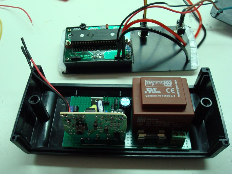Simple 2 Watt Small Switching Power Supply Circuit Diagram
