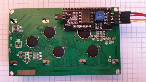 شاشة LCD من الطراز HD44780