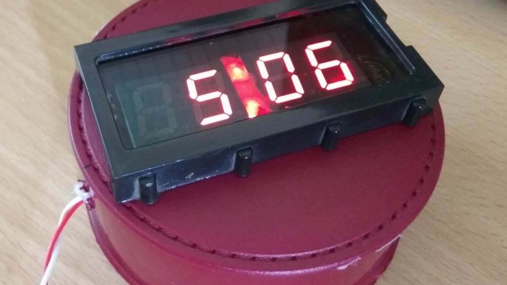 medium resolution of digital clock using 7 segment display